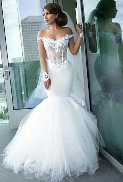 Long-Sleeves Tulle Appliques Mermaid Elegant Off-the-Shoulder Wedding Dress