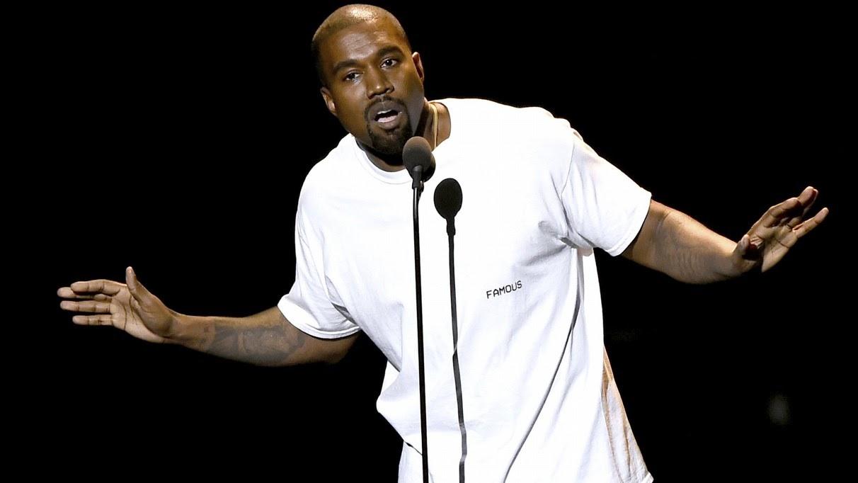 Kanye volta a usar as redes sociais para falar de música e revela disco em parceria com Kid Cudi.