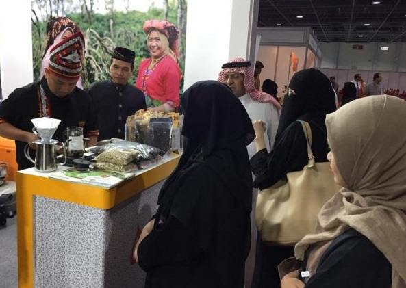 Pesona The Light of Aceh Meriahkan Indonesia Expo Jeddah
