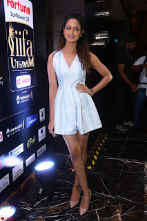Shanvi Looks super cute in Small Mini Dress at IIFA Utsavam Awards press meet 27th March 2017 106.JPG