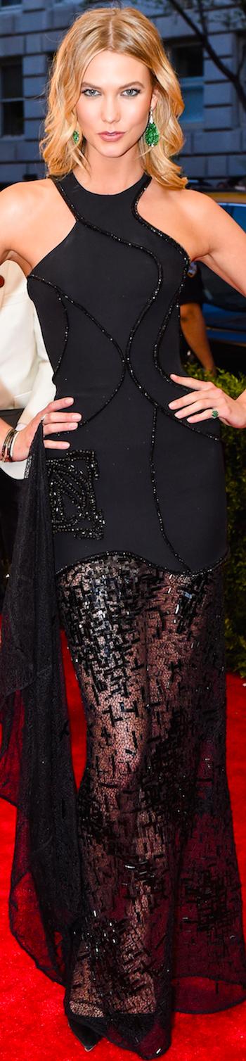 Karlie Kloss in Atelier Versace