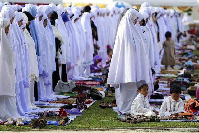 muslimah shalat eid