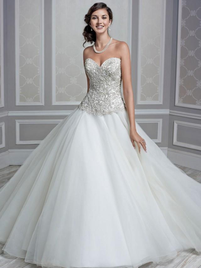 Increble coleccin de vestidos de novias Diseos de Kenneth
