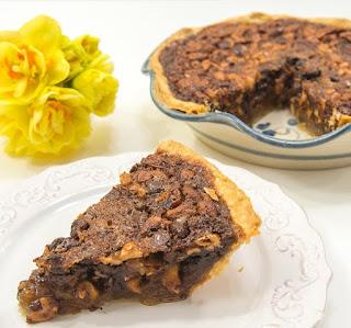 Chocolate Cashew Derby Pie Chocolate recipes