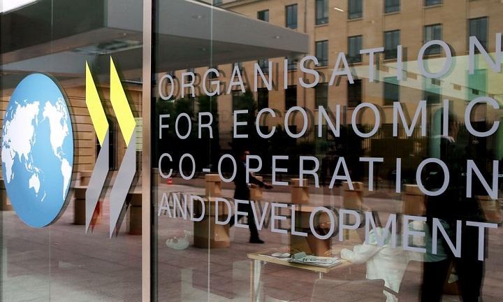 Φτωχοποίηση της μεσαίας τάξης διαπιστώνει ο ΟΟΣΑ