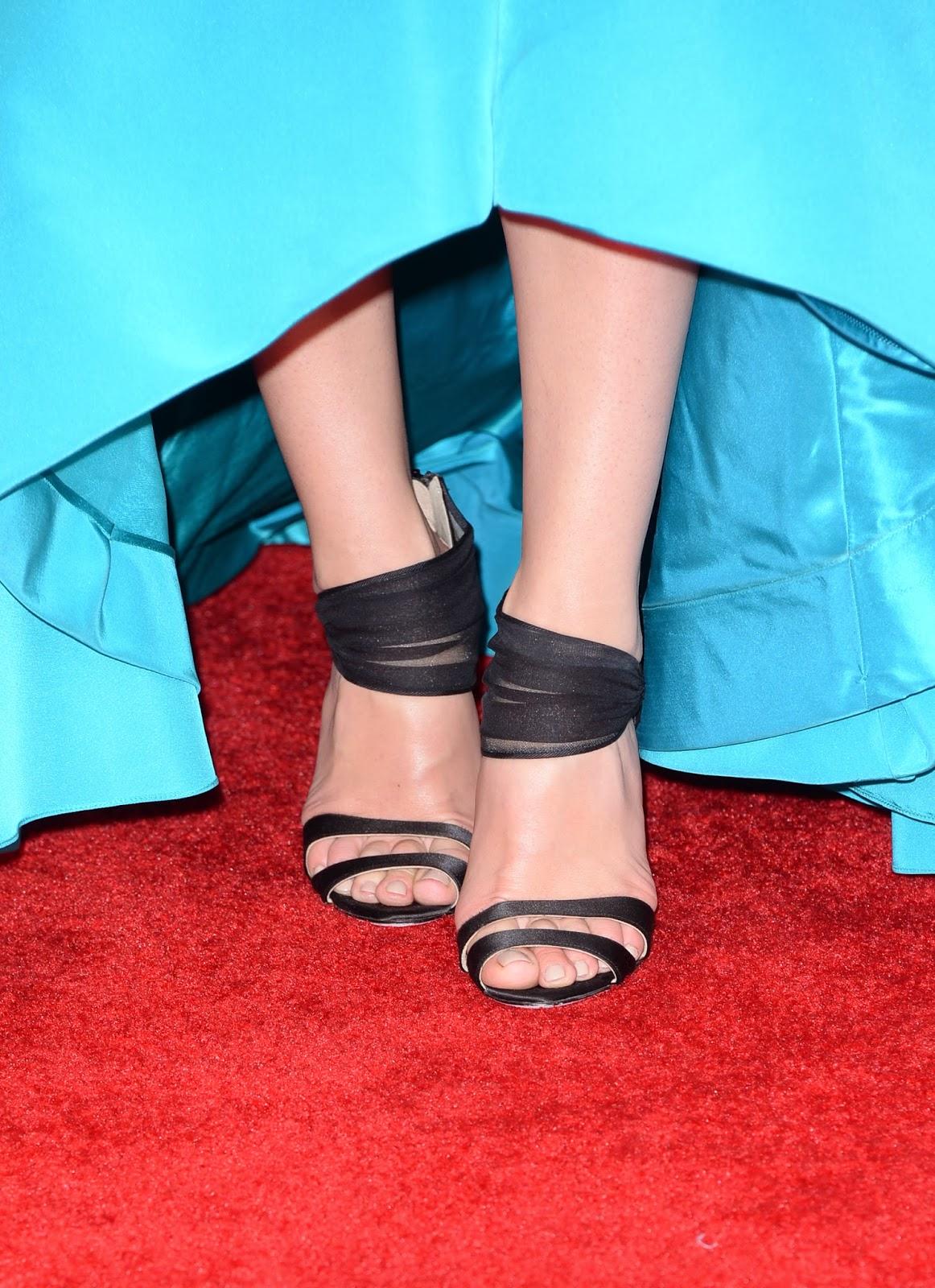 Feet Jessica Pare nudes (33 photo), Is a cute