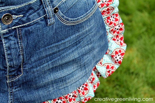 Learn how to make a cute apron out of old recycled jeans