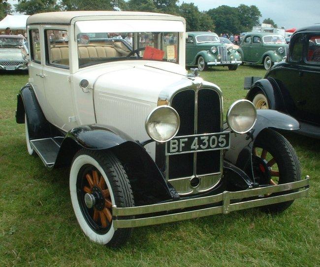 Autos photos voitures des usa pontiac 1906 for 1930 pontiac 4 door sedan