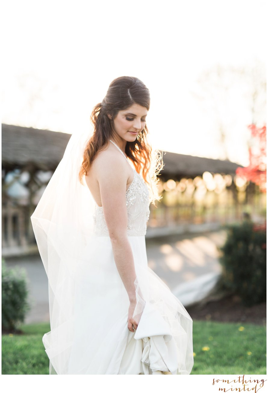 Romantic Bridal Photography by Snohomish Photographer Something Minted