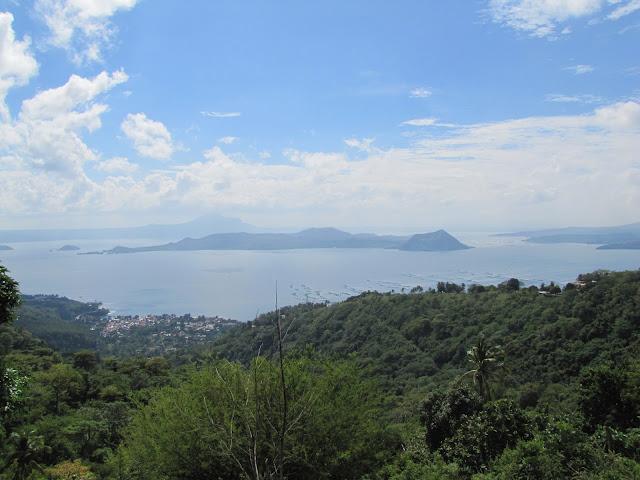 taal volcano tagaytay philippines