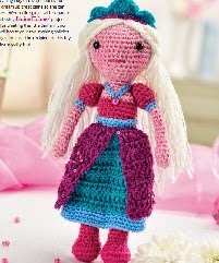 http://www.letsknit.co.uk/free-knitting-patterns/princess-amelia