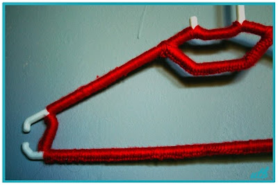 finished-crochet-hanger-cover