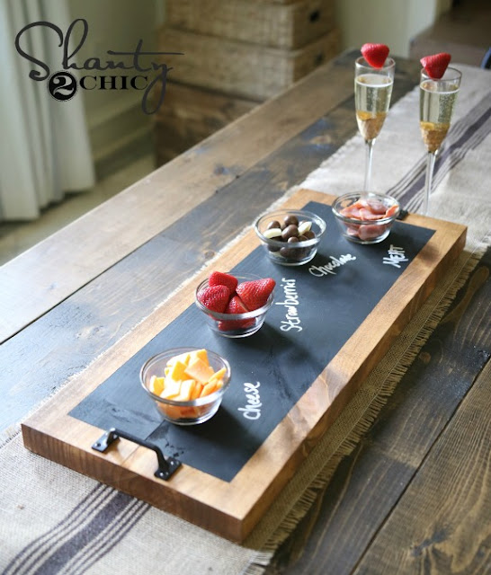 DIY chalkboard serving try gift idea
