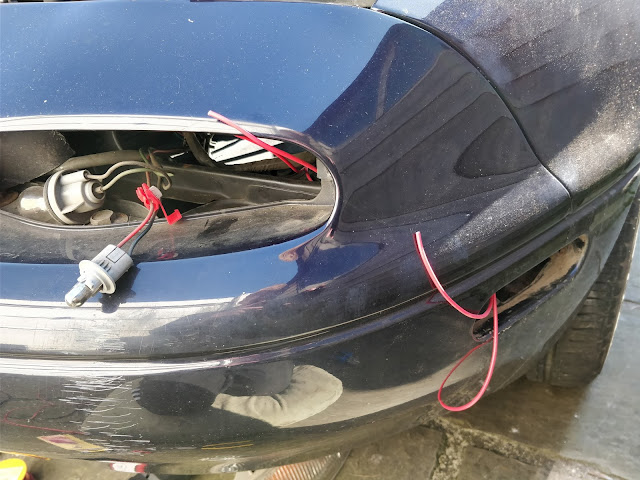 Mazda mx5 Miata side light wiring