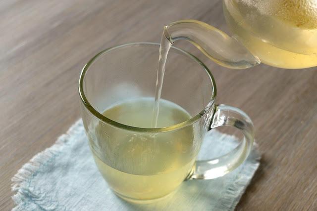 فوائد الماء الساخن مع العسل