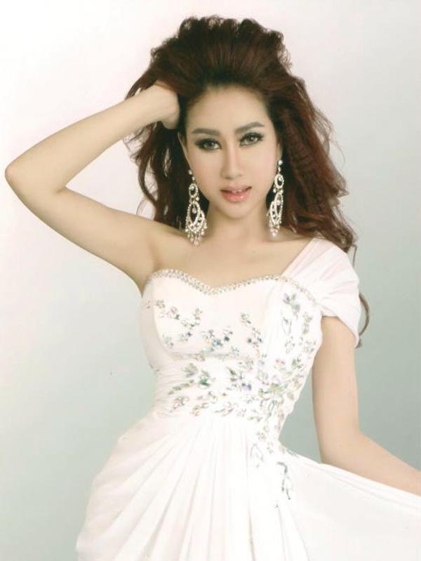 CUTE GIRL: Beautiful Actress of Cambodia with Chhit Socheata
