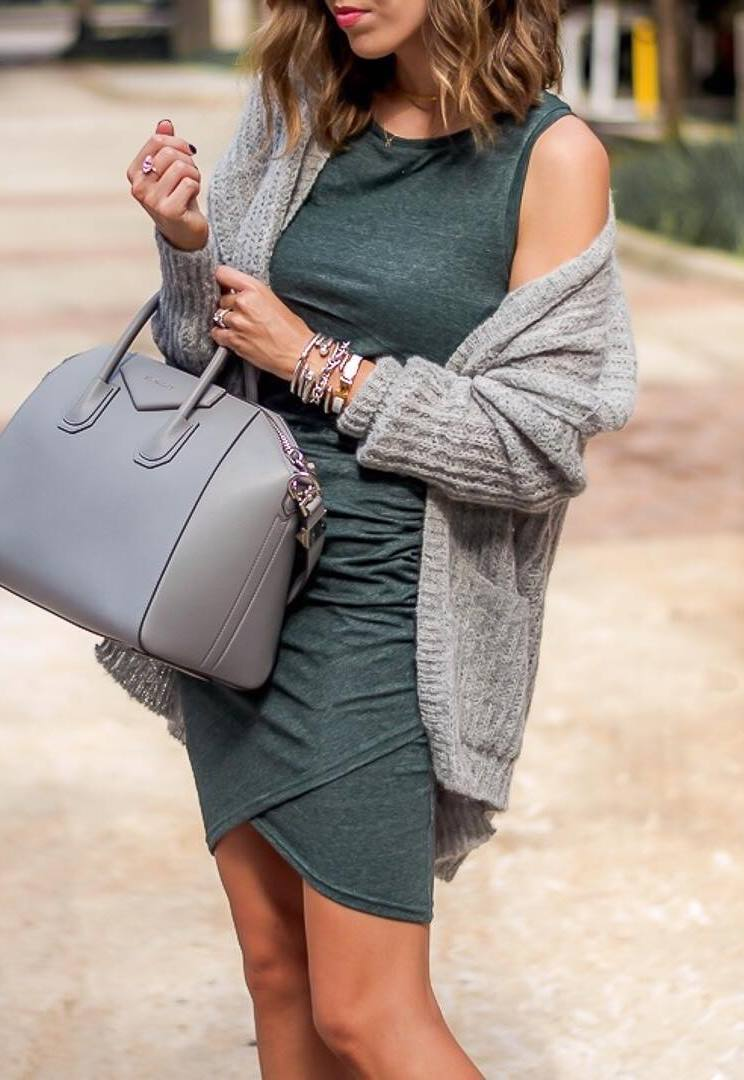 best fall outfit / bodycon dress + bag + grey knit cardigan