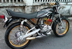 Modifikasi Rx King Warna Hitam World Bikes