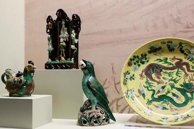H σπάνια συλλογή από Κινέζικες πορσελάνες του Μουσείου Μπενάκη στο φως