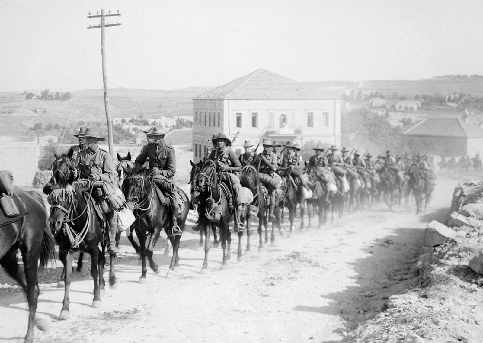6th Australian light-horse regiment, marching in Sheikh Jarrah, on the way to Mount Scopus, Jerusalem, in 1918.