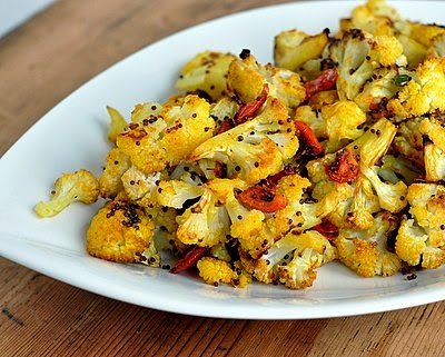 Roasted Cauliflower & Tomato, a fresh take on roasted cauliflower, adding Indian-style spices and a touch of heat. Gorgeous! Vegan, paleo, #LowCarb. For Weight Watchers, just #PP2.