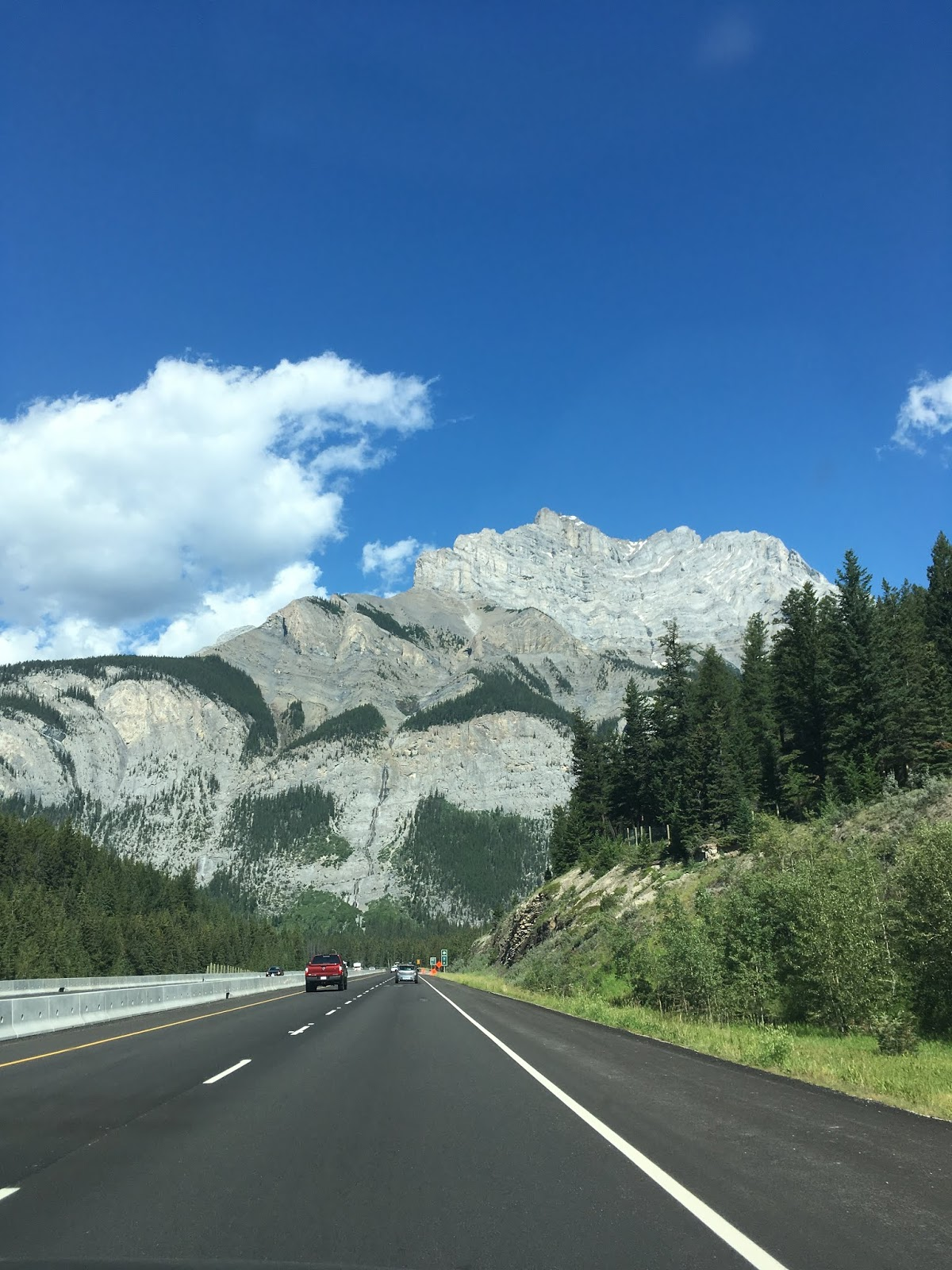how long of a drive to lake louise | drive from banff to lake louise | what to know for a trip to lake louise | lake louise tips | a memory of us | banff itinerary