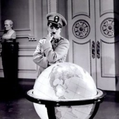 Chaplin - Filme: O grande ditador.