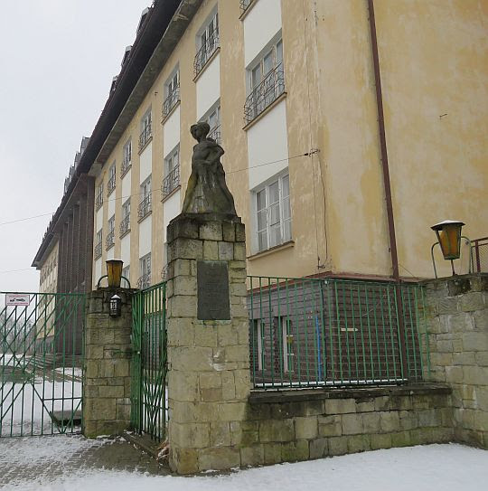 "Dawne sanatorium ""Lotos"" im. Aleksandry Piłsudskiej."