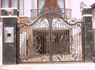 Pintu pagar ayun atau swing