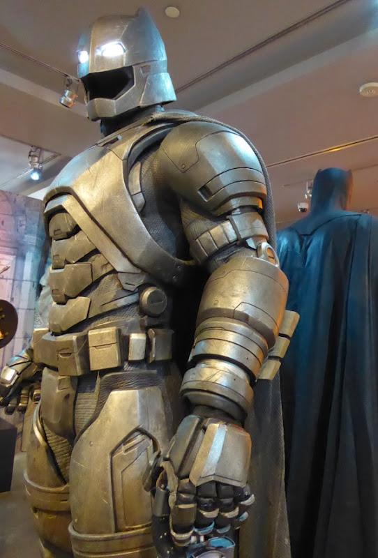 Batman v Superman Dawn of Justice Mech Batsuit