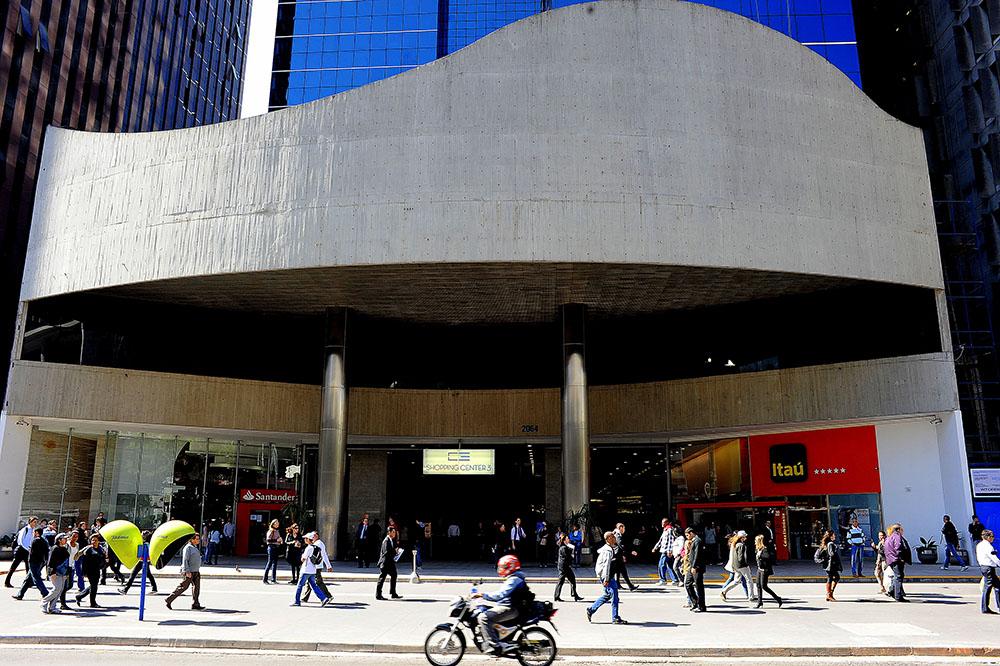 b199664e4ab16 Considerado um dos mais completos e concorridos pontos para alimentação na  região da Avenida Paulista e dos Jardins