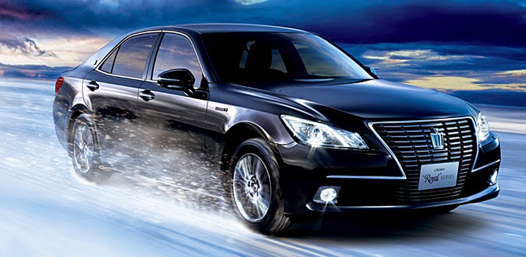 http://www.toyotareales.com/2014/12/2015-toyota-crown-royal-saloon-hybrid.html