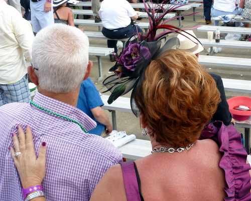 A lovely fascinator at the Kentucky Derby ♥ KitchenParade.com