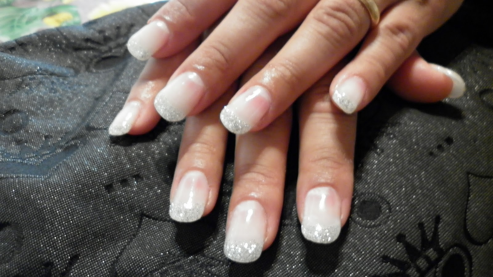 Estremamente 13: Manicure e Pedicure-Ricostruzione unghie - Colata di gel  UC04