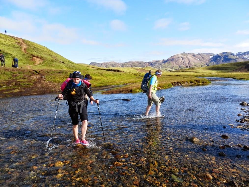 Agua-helada-en-los-ríos-de-Islandia
