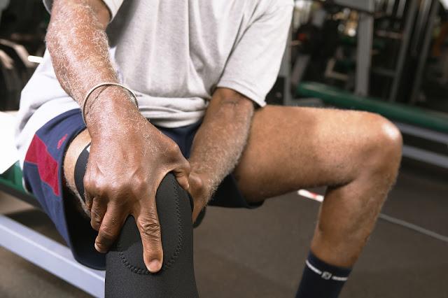 Man with knee injury