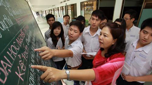 Thông tin ngành du học Anh và học bổng thực tập sinh