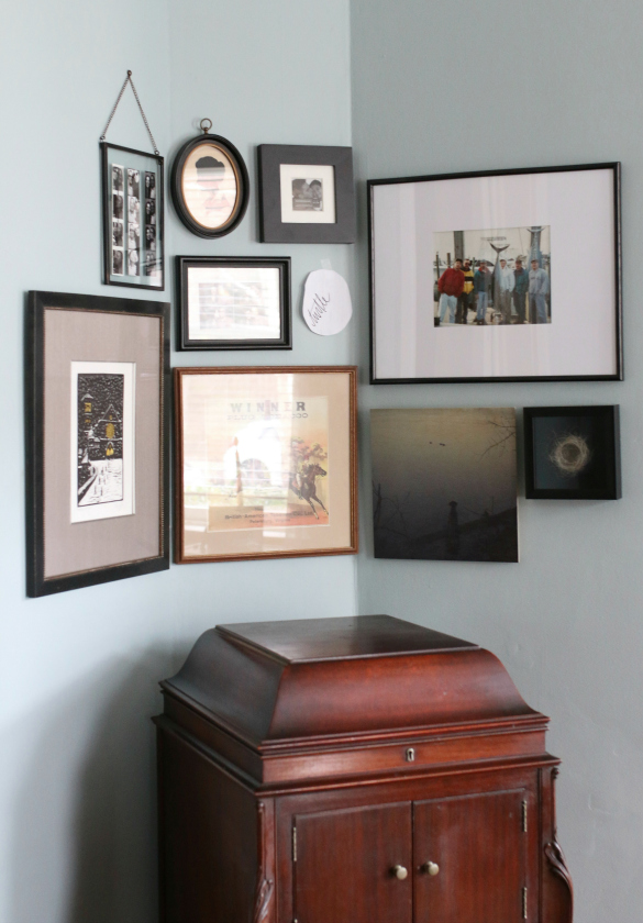 Corner Gallery Wall: How To Hang Art On A Curved Wall