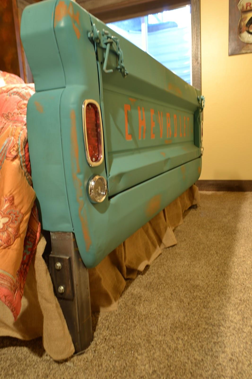 Fantastic Tailgate Customs: Custom King Size 1966 Chevrolet Truck Bed NM89