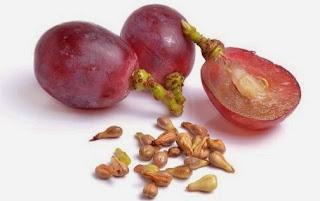 Manfaat biji dan buah anggur untuk kesehatan mata