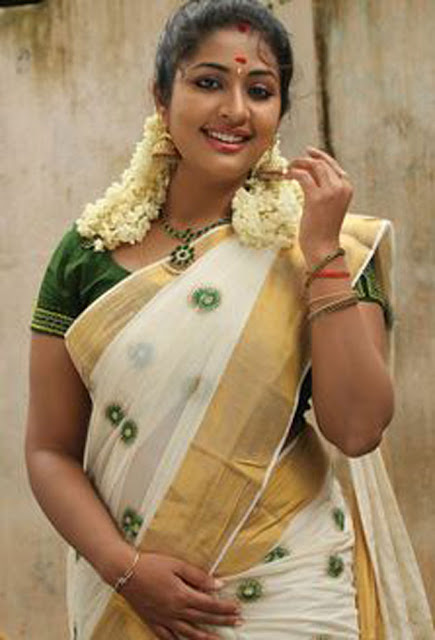 Hot Malayalam actress Navya Nair