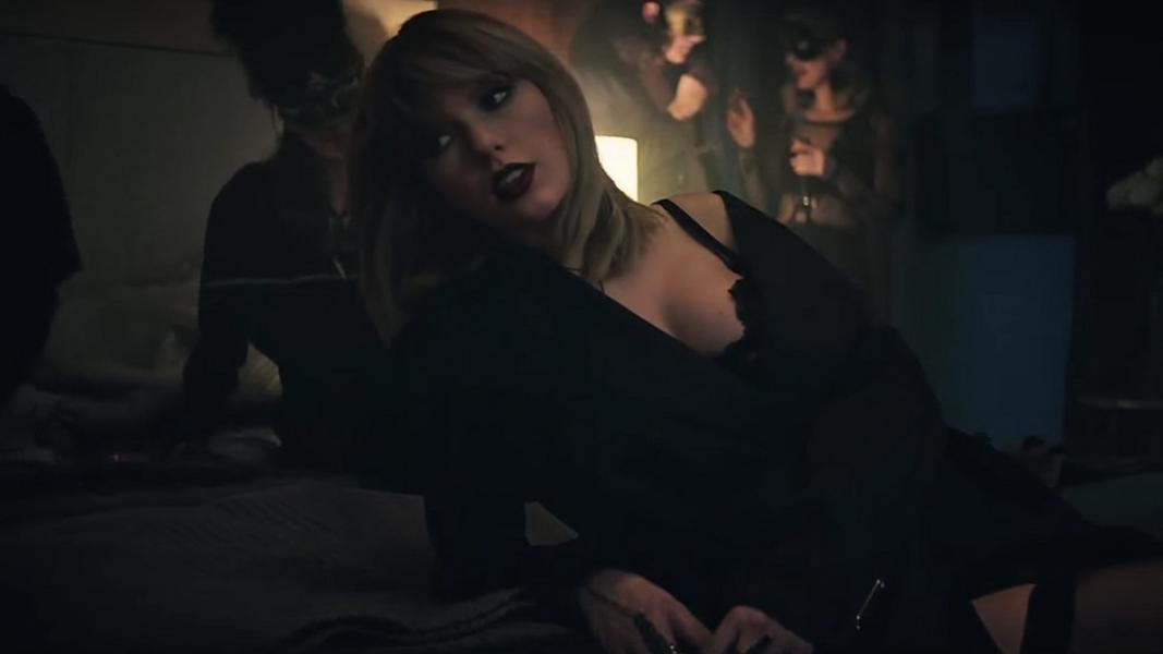 Seria a cobra do vídeo que ela postou em suas redes sociais um símbolo para seu renascimento?