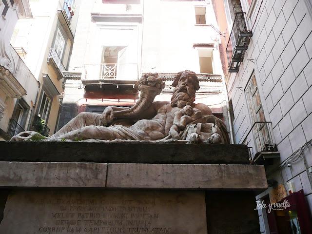 Imprescindible Nápoles rincón de la ciudad