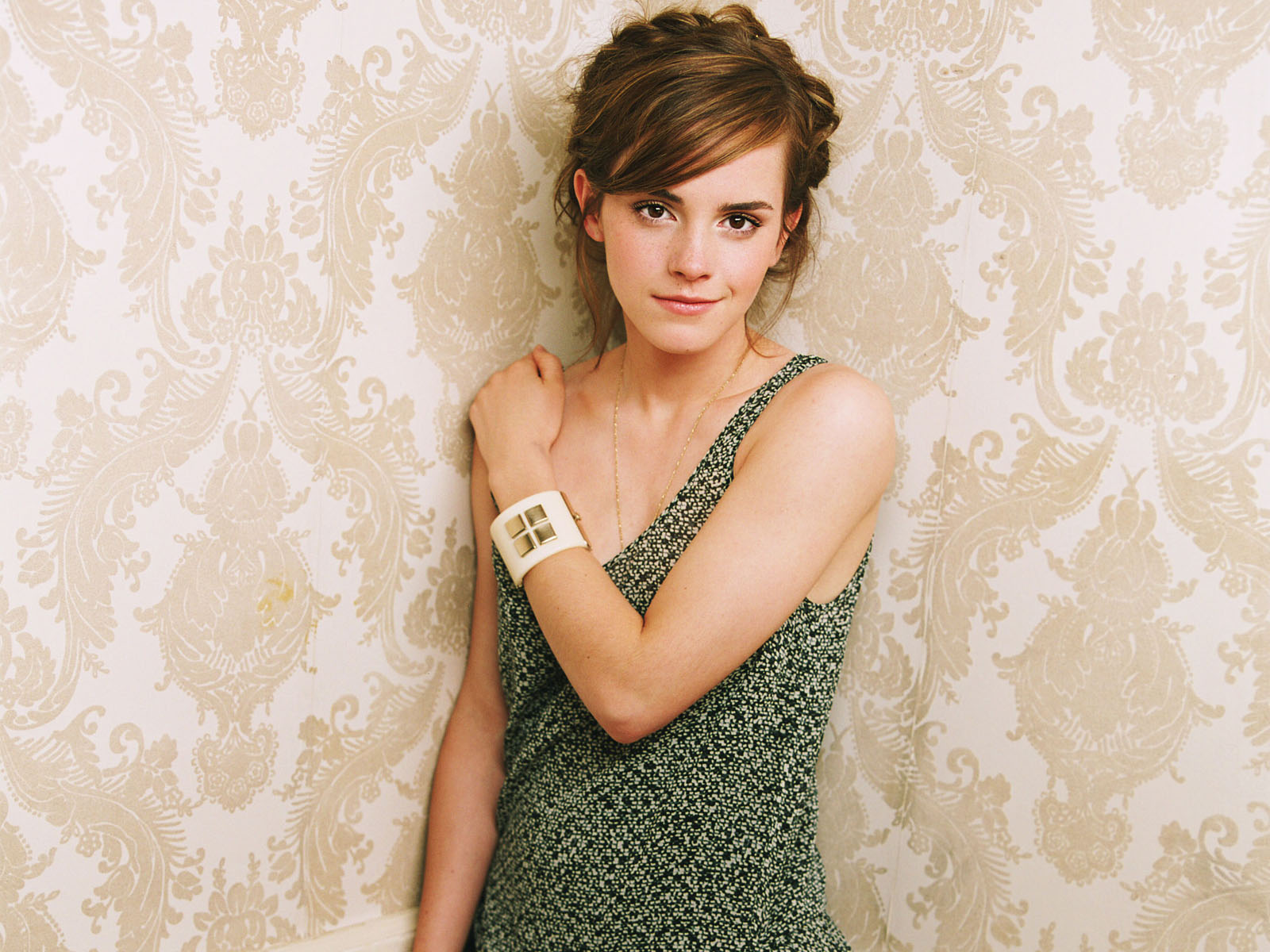 Best Pics Store Emma Watson Cute Hd Wallpaper Collection-7936