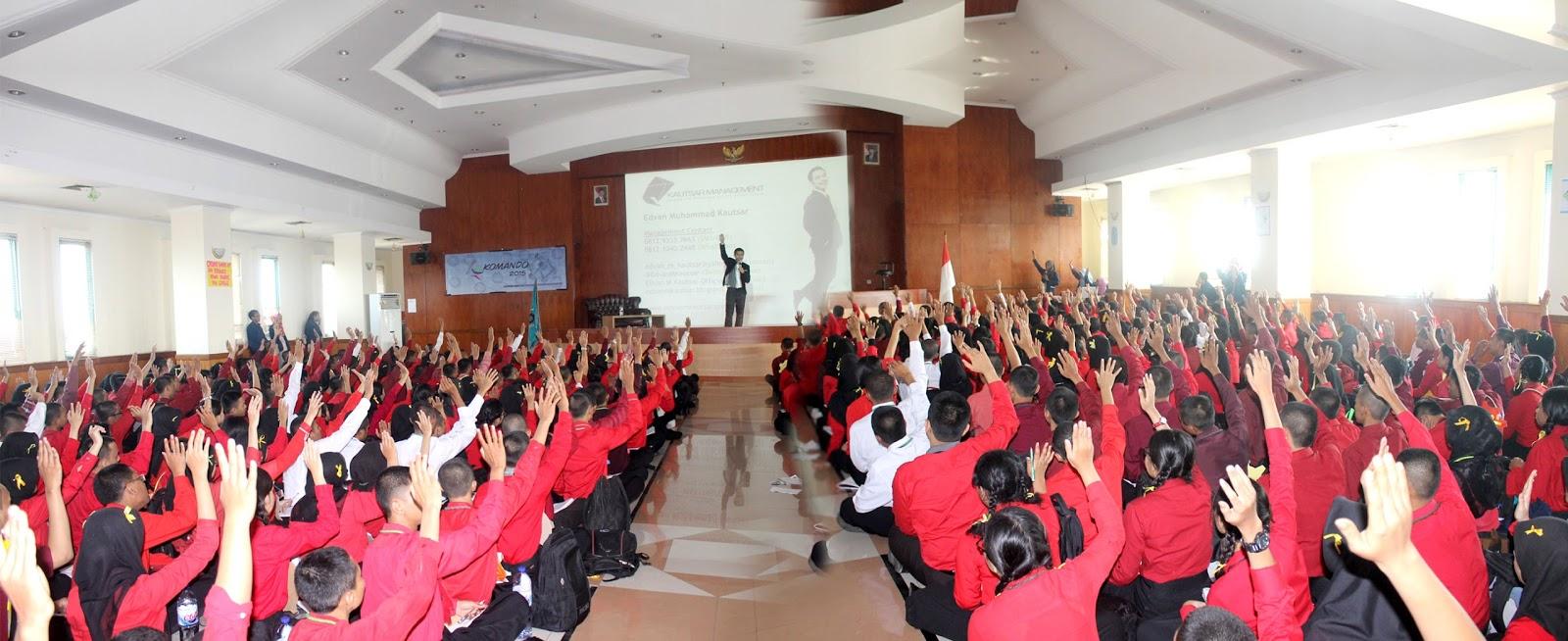 Training Motivasi Mahasiswa Baru Maba Politeknik Stmi Kementrian