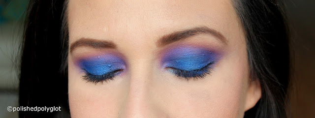 Electric makeup look in Blue and Purple