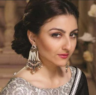 Soha Ali Khan Family Husband Son Daughter Father Mother Marriage Photos Biography Profile.