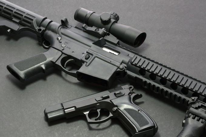 Százezrek tüntettek az Egyesült Államokban a fegyvertartásra vonatkozó szabályok szigorításáért
