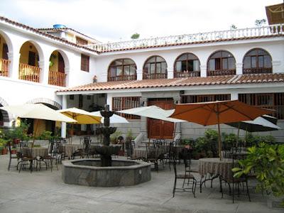 Donde dormir en Ayacucho, donde comer en Ayacucho, hoteles en Ayacucho, restaurantes en Ayacucho