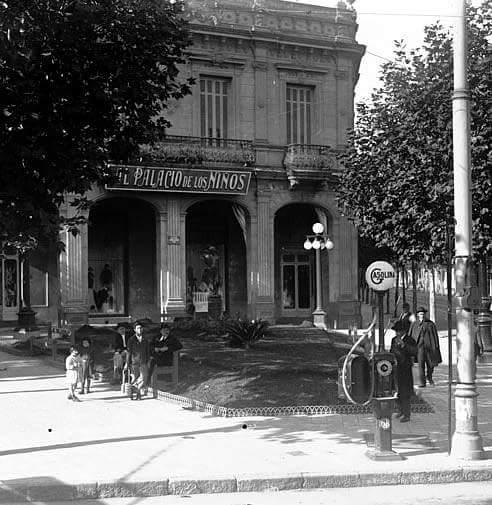 Constituyente y 18 de Julio (antes del monumento al Gaucho)